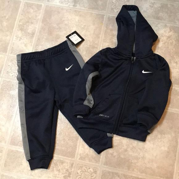 1d2012921d New Nike set. M_5c437f1eaaa5b8802e7aff79